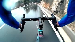 Extreme Road Bike Descent / Downhill IN THE RAIN
