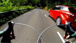 EXTREME Road bike downhill / Overtaking cars