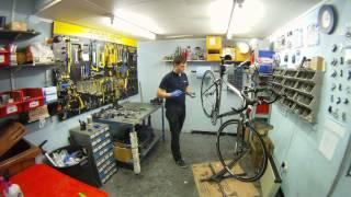 Building bike from frame and components time lapse