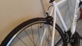Vilano Tuono Road Bike Components: Kenda 700x25 Tires